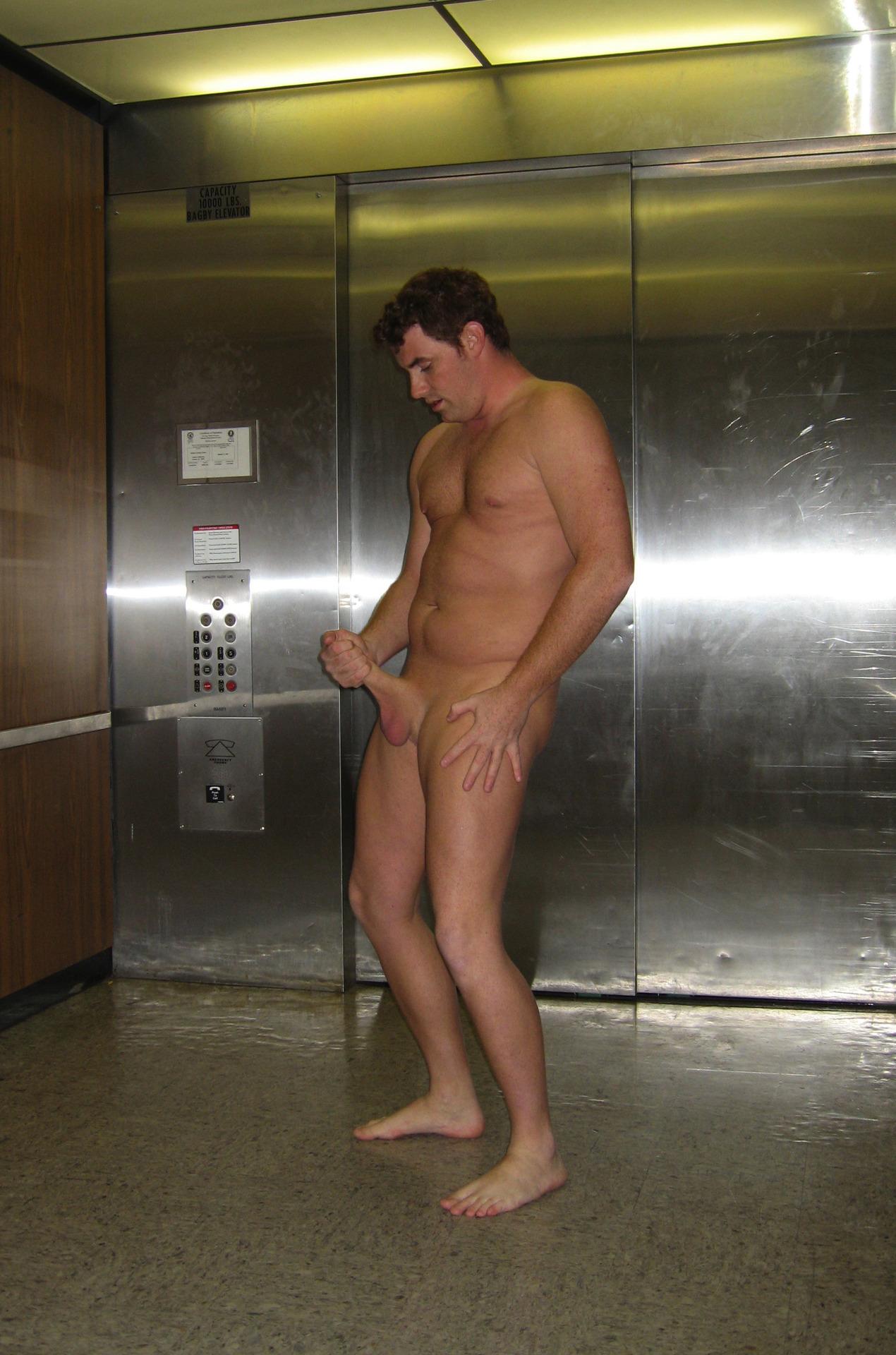 Nudes For Dudes 121